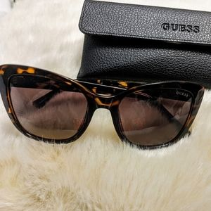 GUESS Tortoise Print Cat Eye Sunglasses